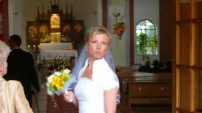 sprzedam przepiękną suknię ślubną rozm 36/38 atłas 350zł