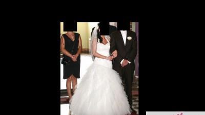 Sprzedam sliczą suknię ślubną