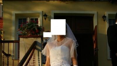 Sprzedam śliczną białą suknię ślubną + dodatki  TANIO  roz.36-38