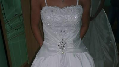 Sprzedam śliczną suknie ślubną