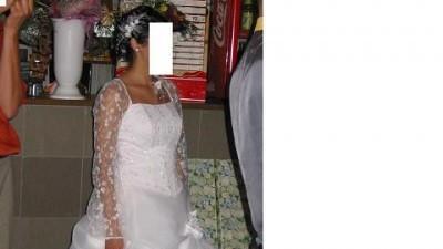 sprzedam sliczną suknie ślubną