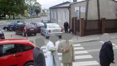 sprzedam śliczna suknie ślubną...