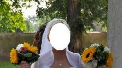 Sprzedam Śliczna suknie ślubną ... Polecam
