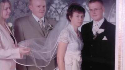 Sprzedam śliczną suknie ślubną + welon+ musznik dla Pana młodego