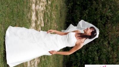 sprzedam śliczną suknie z Paryżanki