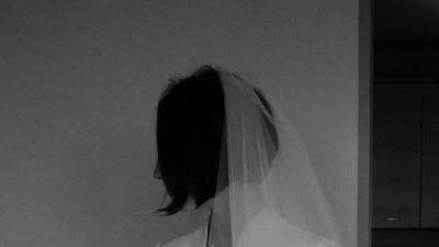 Sprzedam śnieżnobiałą suknię ślubną, bolerko + welon gratis!
