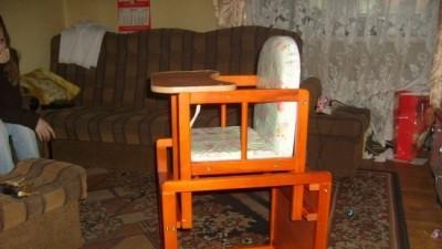 sprzedam stolik i krzesło do karmienia