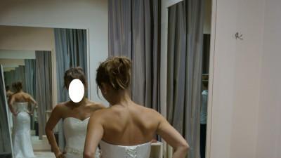 Sprzedam subtelną koronkową suknię ślubną