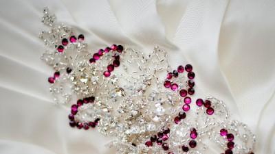 Sprzedam sukienkę ślubną australijskiej firmy WINGS