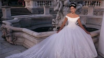 sprzedam suknię demetrios 9597