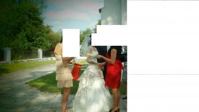 Sprzedam suknie kolor ecri