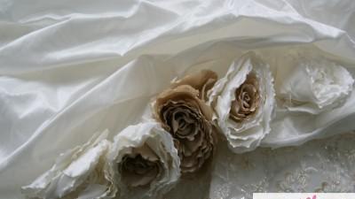 sprzedam suknię ślubną 44-48