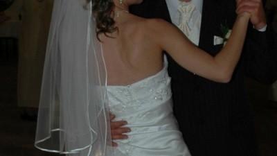 Sprzedam suknię ślubną...