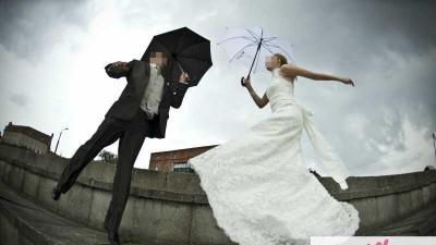 Sprzedam suknię ślubną Agnes model 10225 w rozm 36/38 z trenem