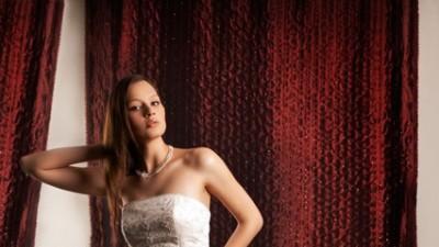 Sprzedam suknię ślubną ANNAIS BRIDAL, model ESTA, 2008 r.