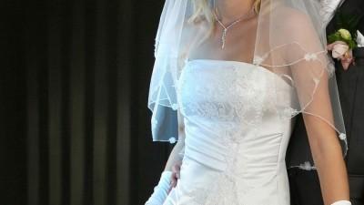 Sprzedam suknię ślubną (białą)