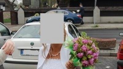 Sprzedam suknię ślubną, białą (+bolerko, welon, torebka i rękawiczki)