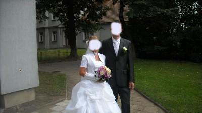 Sprzedam suknie ślubną białą dwuczęściową