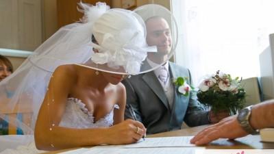 Sprzedam suknię ślubną DŁUGI TREN