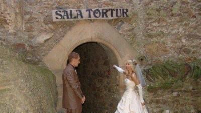 sprzedam suknię ślubną, dodatki gratis