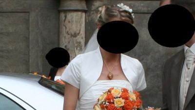 Sprzedam suknię ślubną ecru 36/38 + dodatki