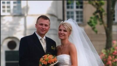 Sprzedam suknie ślubną ecru zakupioną w salonie Cymbeline