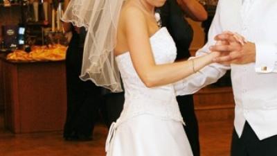 Sprzedam suknie ślubną firmy AGNES
