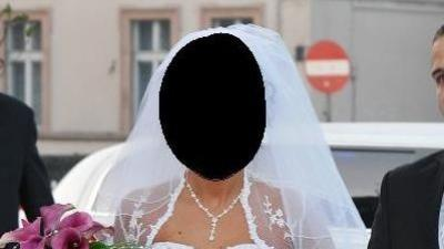 Sprzedam Suknię Ślubną firmy EMMI MARIAGE model SERENADA biała