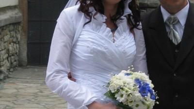 sprzedam suknię ślubną, firmy kareen. jest po czyszczeniu chemicznym.