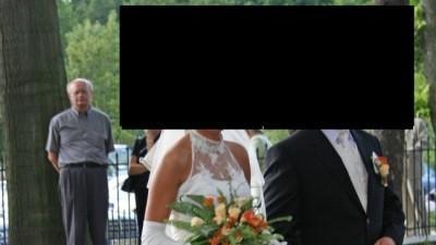 sprzedam suknię ślubną firmy Vivien Vigo