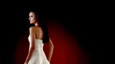 Sprzedam suknię ślubną i welon.