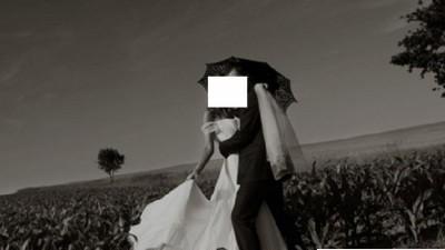 Sprzedam suknię ślubną La Perlę  rozm.34 / 36