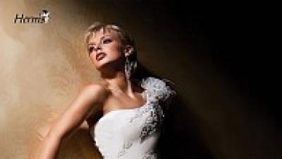 Sprzedam suknię ślubną model Kelves2007  firmy Herm's