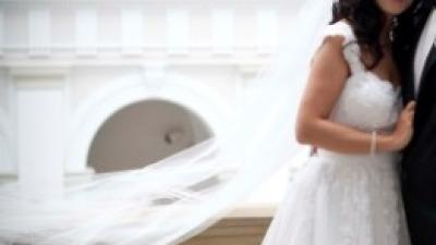 Sprzedam suknię ślubną Oropesa (salon Madonna)