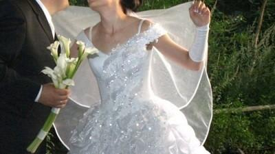Sprzedam suknię ślubna rozm 46, 900zł
