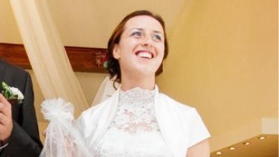 sprzedam suknię ślubną rozm. ok. 38