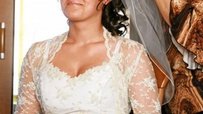 Sprzedam suknie ślubną rozmiar 38, w realu jeszcze ładniejsza niż na zdjęiu...