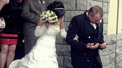 sprzedam suknię ślubną:)śliczna dwu częściowa kolor e cri z dodatkiem toffi