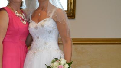 Sprzedam suknię ślubną typ Princessa 38