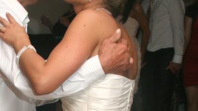 sprzedam suknie ślubną w bardzo dobtym stanie