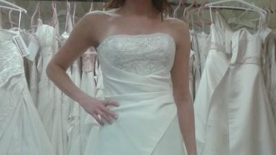Sprzedam suknię ślubną w rozmiarze 6