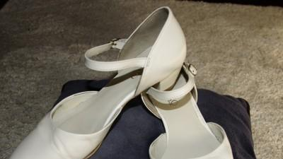sprzedam suknie slubna w stylu greckim oraz buty ślubne