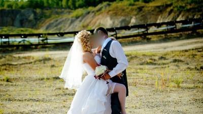 Sprzedam suknię ślubną w stylu latynoskim.