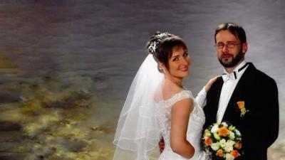 Sprzedam suknię ślubną z dodatkami 550 zł do negocjacji.