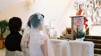 sprzedam suknię ślubną z koronki