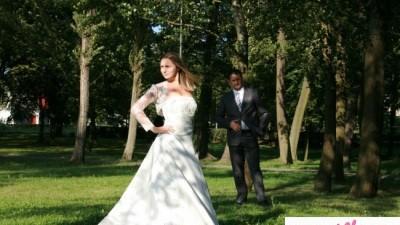 Sprzedam suknię sluną za jedyne 700zł