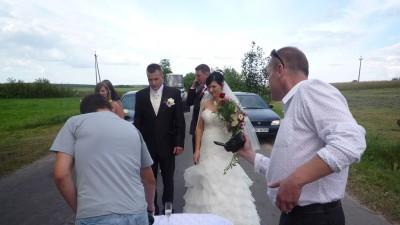 sprzedam suknieślubną
