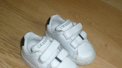 Sprzedam tanio buty dziecięce rozmiar 19