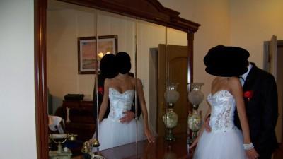 Sprzedam Tanio Nową suknię ślubna z gratisem