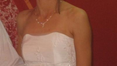 sprzedam tanio suknię ślubną, dodatki gratis
